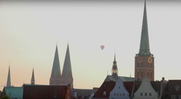http://cinegrafix.eu/wp-content/uploads/2015/10/Balloon-e1455786610134.jpg